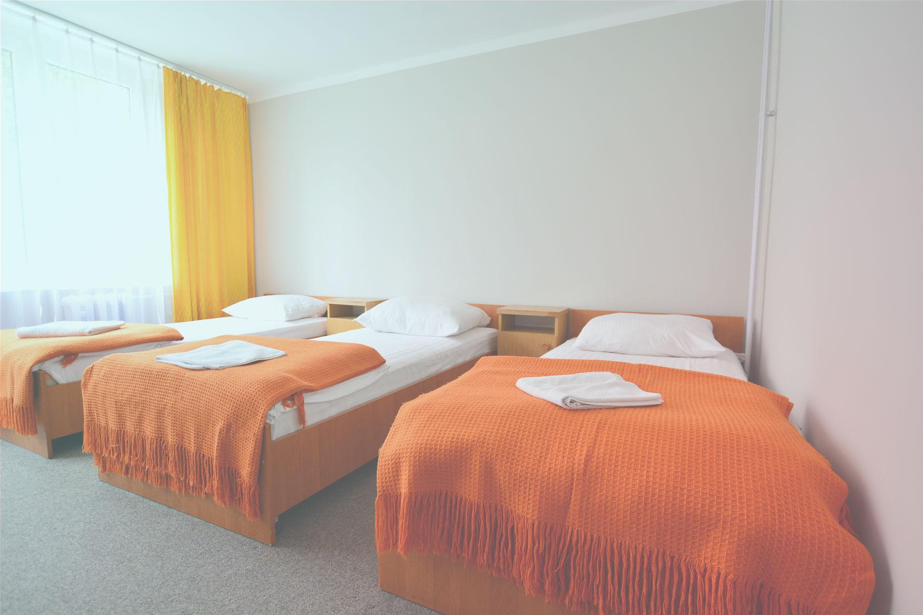 Widok na trzyosobowy pokój w Hotelu Felix